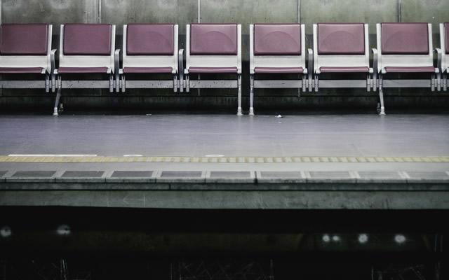 キャバクラで接客中にあらわれた黒い影の謎の画像